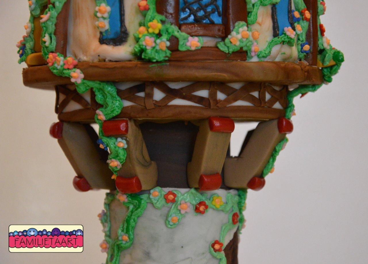 rapunzel toren houtwerk001